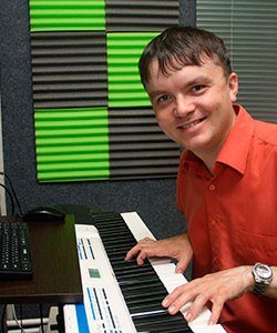 Sergey Filimonov, Piano player